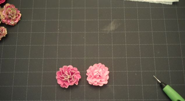 Cool and Grunge DIY Recyled Tutorials- grunge flowers video