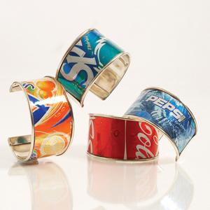 Cool and Grunge DIY Recyled Tutorials- spda can bracelets