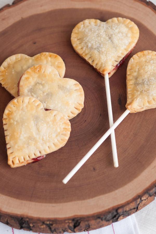 DIY Cherry pie pops