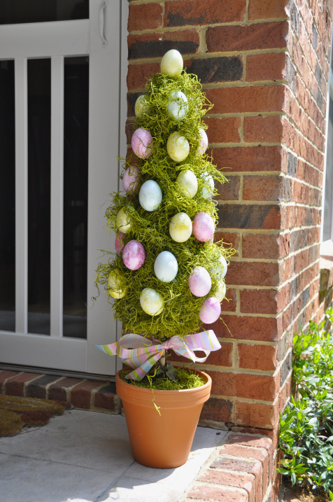 Easter DIY topiary egg tree