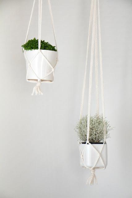 Springtime Decoration Tutorial DIYs- Macrame Plant Hangers