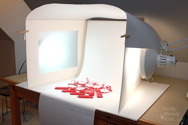 Product Photography Tutorials- diy light studio
